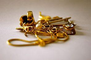 biżuteria ze złota - wisiorki i sygnety